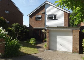 Thumbnail 4 bed detached house to rent in Shrubbery Road, High Wycombe