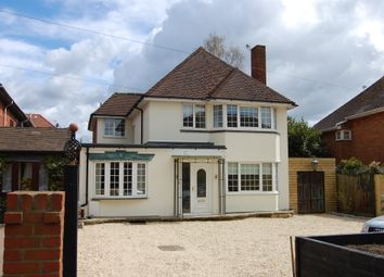 Thumbnail 4 bed detached house to rent in Holtspur Top Lane, Beaconsfield