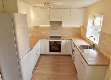 4 Bedrooms Terraced house to rent in Highgrove Close, London N11