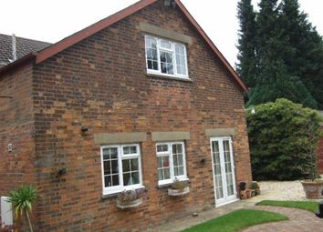 Thumbnail 1 bedroom detached house to rent in Bath Road, Swindon, Wiltshire
