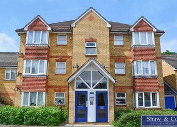 Thumbnail 2 bed flat to rent in Hollygrove Close, Hounslow, Middlesex