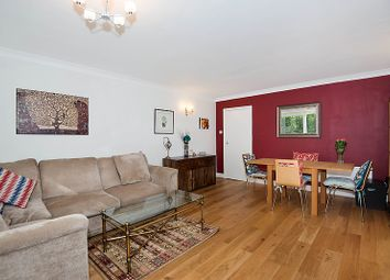 2 bed flat to let in Chaucer Court