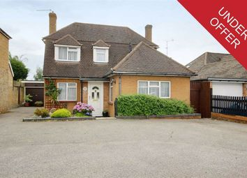 Thumbnail 3 bed detached house for sale in Oaklands Avenue, Brookmans Park, Hertfordshire