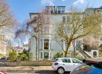 The Warwick, 68-70 Richmond Hill, Richmond, Surrey TW10. 2 bed flat for sale