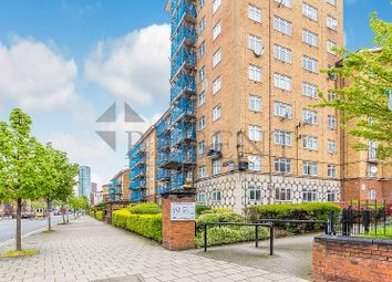 3 bed flat to rent in Tillotson Court, Wandsworth Road SW8