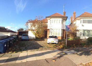 Thumbnail Studio to rent in Highcroft Gardens, Golders Green, London