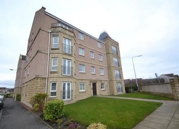 Thumbnail 2 bed flat to rent in Inverewe Place, Dunfermline