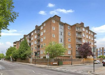 Thumbnail 3 bed flat to rent in Gernon Road, London