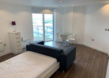 1 bed flat to rent in The Heart Blue, Media City Uk, Salford M50