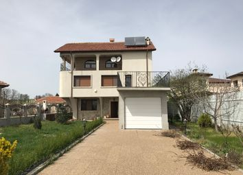 Thumbnail 4 bed villa for sale in Excellent New Spacious House, Каmenar, Bulgaria
