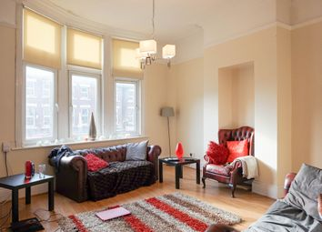 Thumbnail 4 bed flat to rent in The Crescent, Leeds