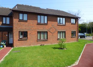 Thumbnail 1 bed flat for sale in Longhedge, Dunstable