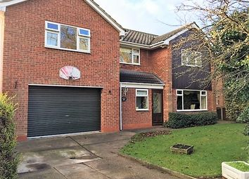 Thumbnail 4 bed detached house for sale in St Peters Avenue, Scunthorpe