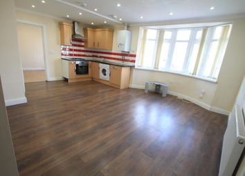 Thumbnail 2 bed flat to rent in Cranleigh Gardens, Luton