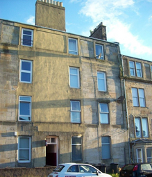 Thumbnail 3 bed flat to rent in Gl Blackness Road, Dundee