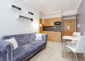 Thumbnail 1 bed flat to rent in Russell Square, Guildford