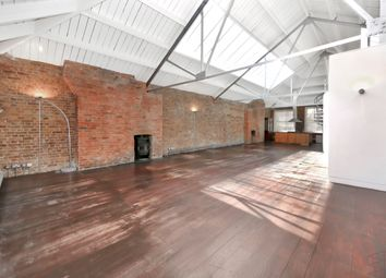 Thumbnail 1 bedroom flat for sale in Mallow Street, London