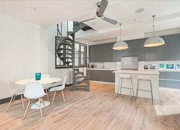 1 bed flat to rent in Newman Passage, Fitzrovia, London W1T