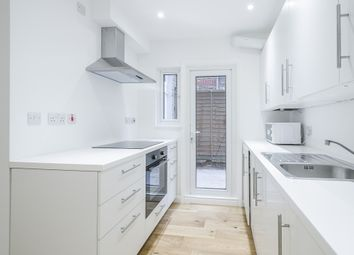 Thumbnail 2 bed flat to rent in Gladstone Avenue, London