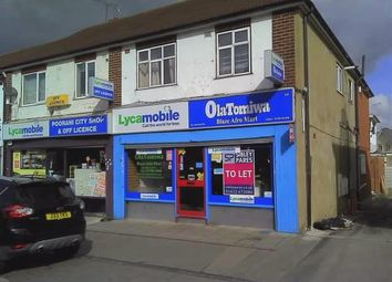 Thumbnail Retail premises to let in Rochester Road, Gravesend, Kent