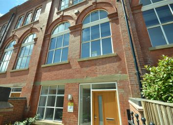 Thumbnail 2 bed town house for sale in Cowper Street, Leicester
