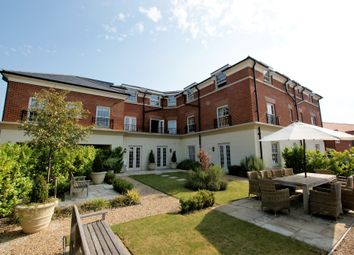 Fleur De Lis, Dairy Walk, Hartley Wintney RG27. 1 bed flat