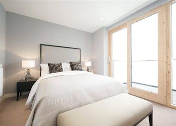 Thumbnail Property to rent in Park Vista Tower, London