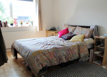Thumbnail 3 bed flat to rent in Hemming Street, London