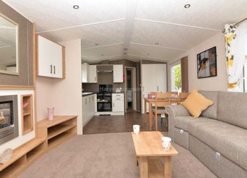Thumbnail 2 bedroom mobile/park home for sale in Shottendane Road, Birchington