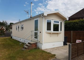 Thumbnail 2 bed mobile/park home for sale in Meadow Park, Sherfield-On-Loddon, Hook