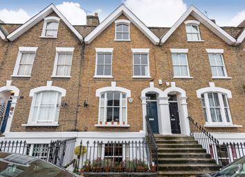 Auckland Road, Wandsworth SW11. 1 bed flat for sale