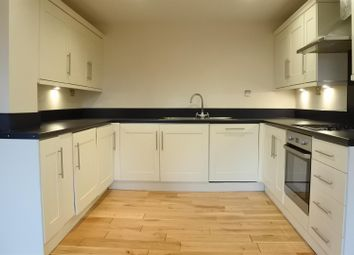 Thumbnail 3 bedroom flat for sale in River View Maltings, Grantham