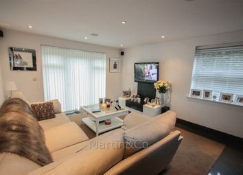 Thumbnail 2 bed flat to rent in Kingswood, Surrey KT20.