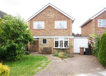 Thumbnail 3 bedroom detached house for sale in Hazelwood Close, Luton