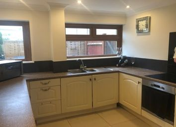 3 bed property to rent in Roodegate, Basildon SS14