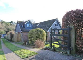4 bed detached house for sale in Frensham, Farnham, Surrey GU10