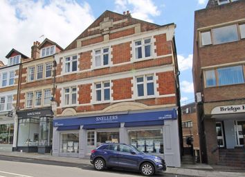 4 bed flat to rent in Broad Street, Teddington TW11