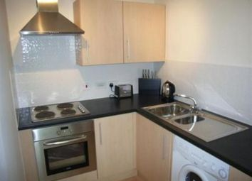 Thumbnail 1 bed flat to rent in Freemasons Road, Croydon