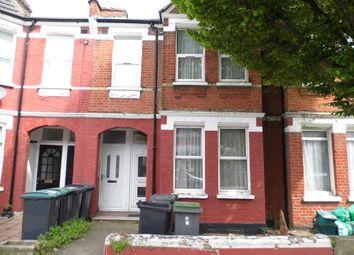 2 bed maisonette to rent in Lyndhurst Road, Wood Green N22