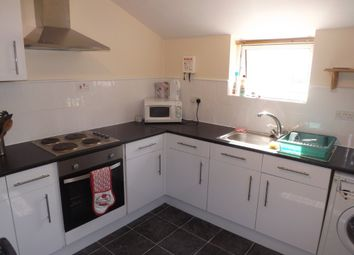 Thumbnail 5 bed end terrace house to rent in Harold Road, Southsea