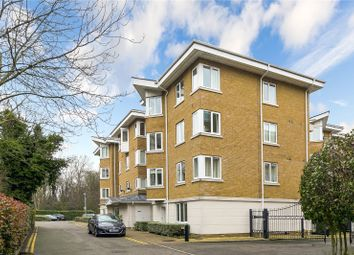 Farringdon House, 12 Strand Drive, Kew, Surrey TW9. 2 bed flat for sale