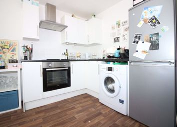 2 bed flat to rent in Gordon Road, Roath, Cardiff CF24