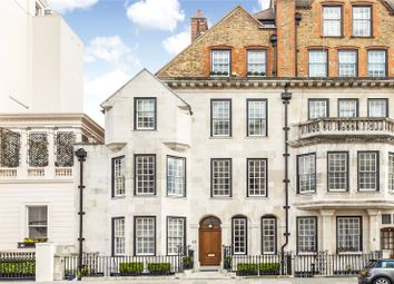 Thumbnail 3 bedroom flat for sale in Eaton Gate, London