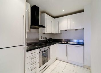 1 Bedrooms Flat for sale in Hallsville Road, London E16
