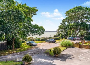 2 bed flat to rent in Victoria Road, Netley Abbey, Southampton SO31