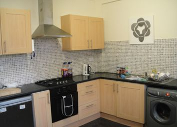 Thumbnail 3 bedroom flat to rent in Claude Road, Roath, Cardiff