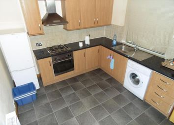 Thumbnail 1 bed flat to rent in Coldcotes Avenue, Leeds