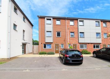 5 bed property for sale in Stones Avenue, Dartford DA1