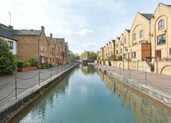 Thumbnail 2 bed flat for sale in Wapping, London