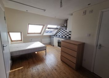 Thumbnail Studio to rent in St. Leonards Gardens, Hounslow, Greater London
